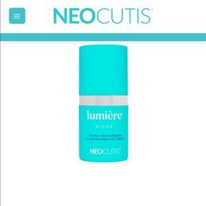 Lumirre Illuminating Eye Cream